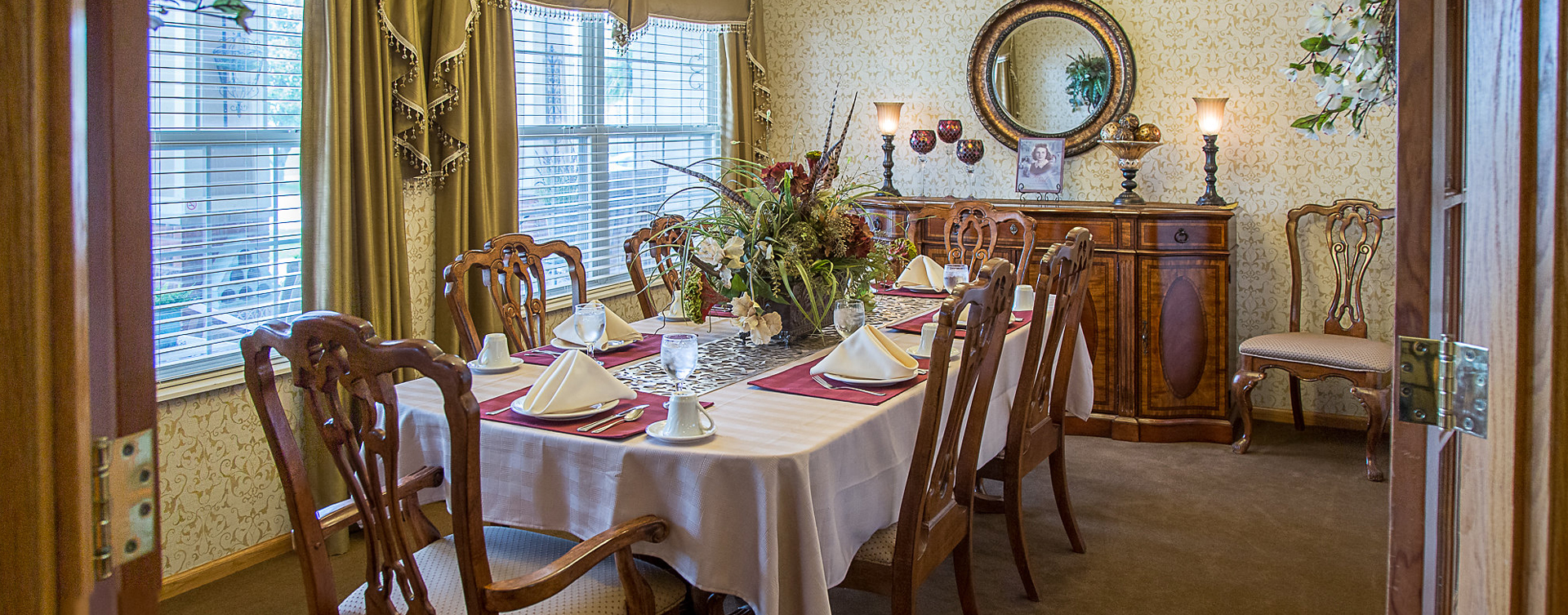 Food is best when shared with family and friends in the private dining room at Bickford of Burlington