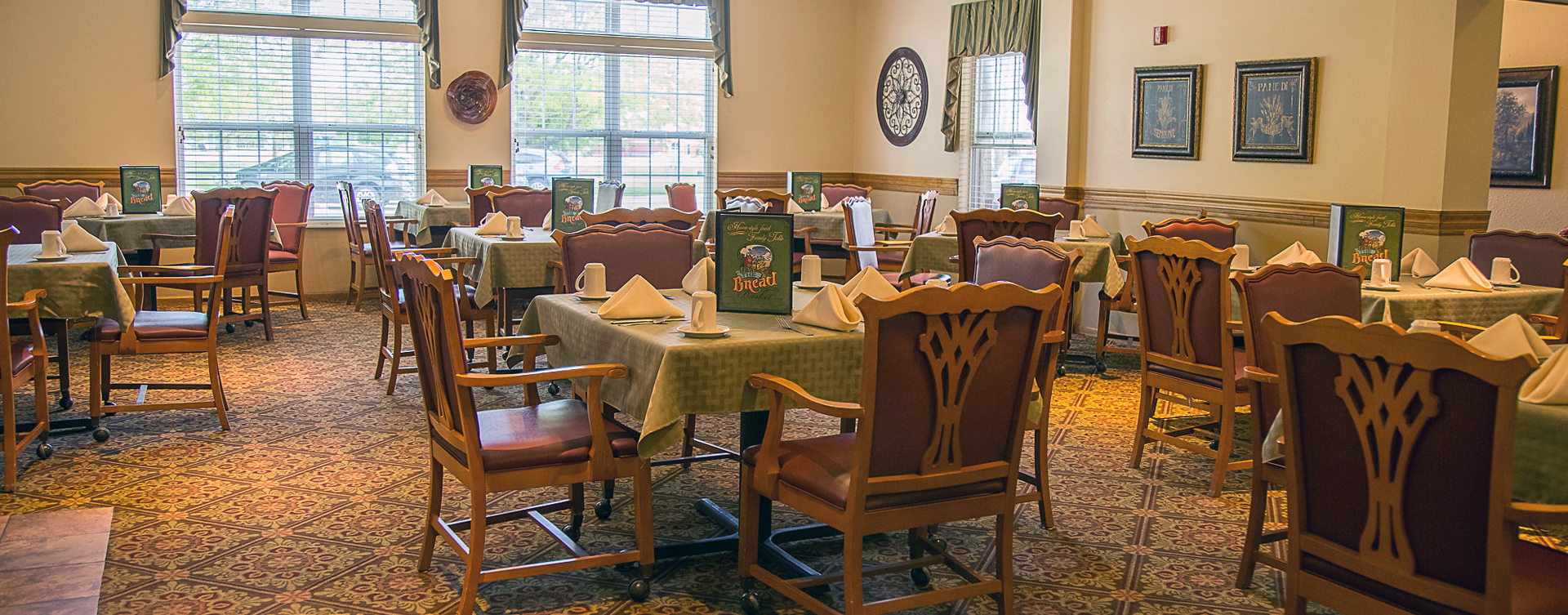 Food is best when shared with friends in the dining room at Bickford of Burlington