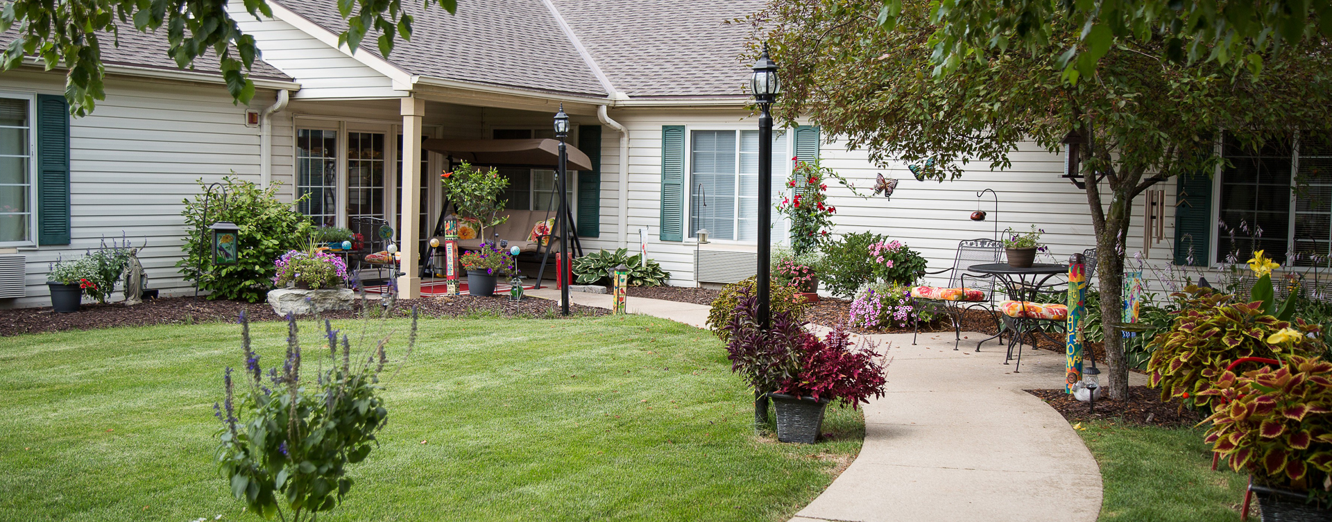 Enjoy bird watching, gardening and barbecuing in our courtyard at Bickford of Burlington