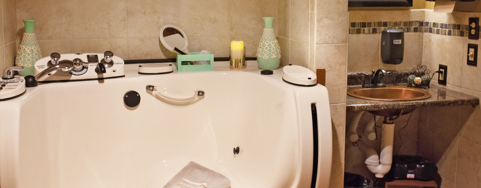 With an easy access design, our whirlpool allows you to enjoy a warm bath safely and comfortably at Bickford of Cedar Falls