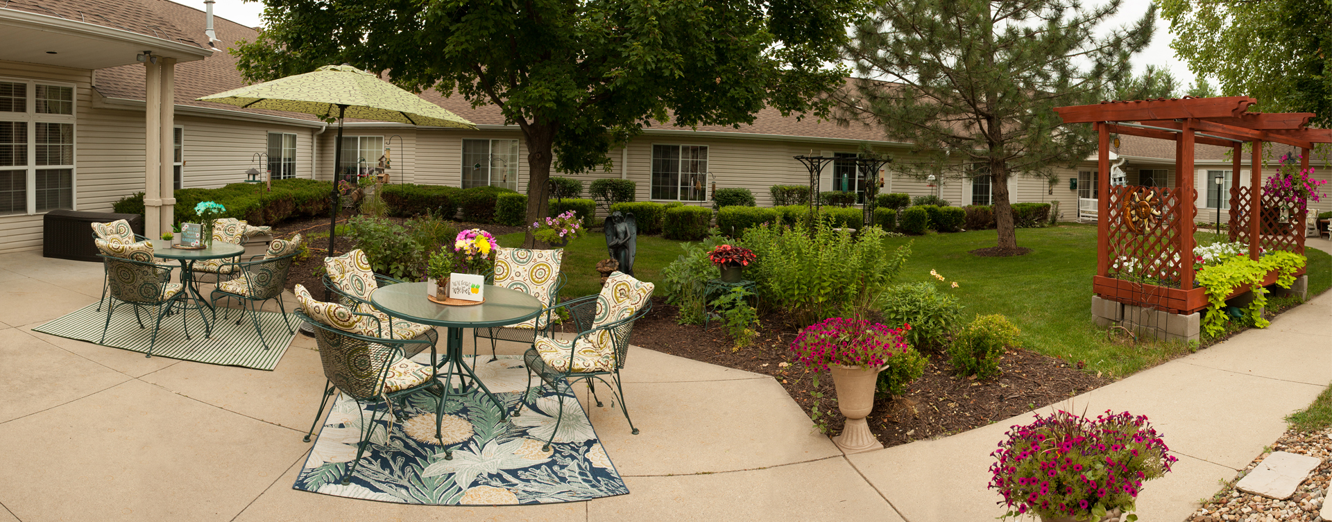 Enjoy bird watching, gardening and barbecuing in our courtyard at Bickford of Cedar Falls