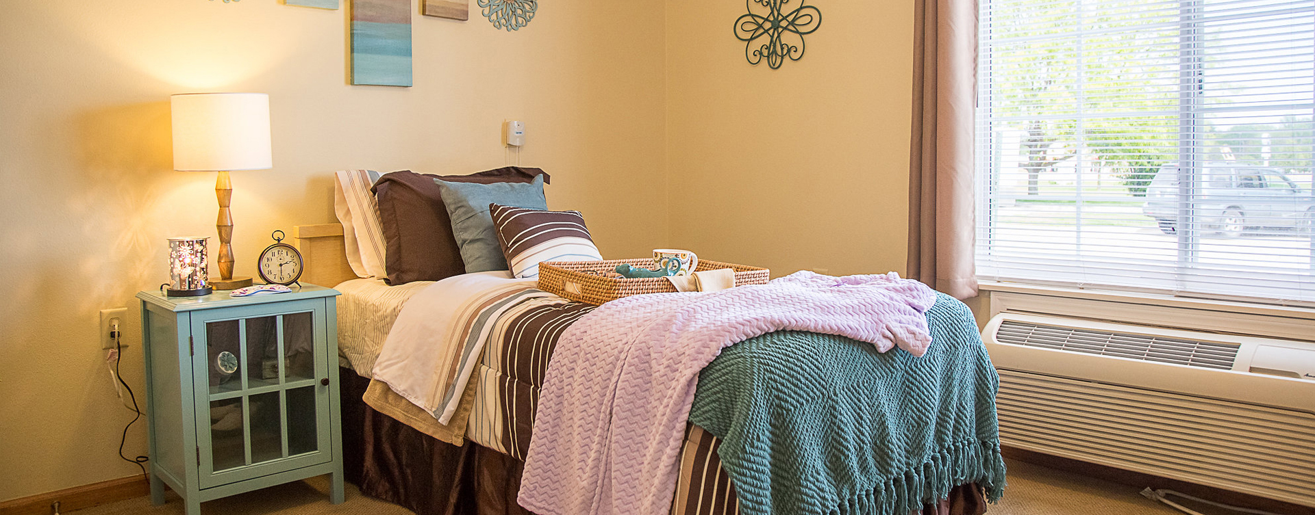 Get a new lease on life with a cozy apartment at Bickford of Clinton