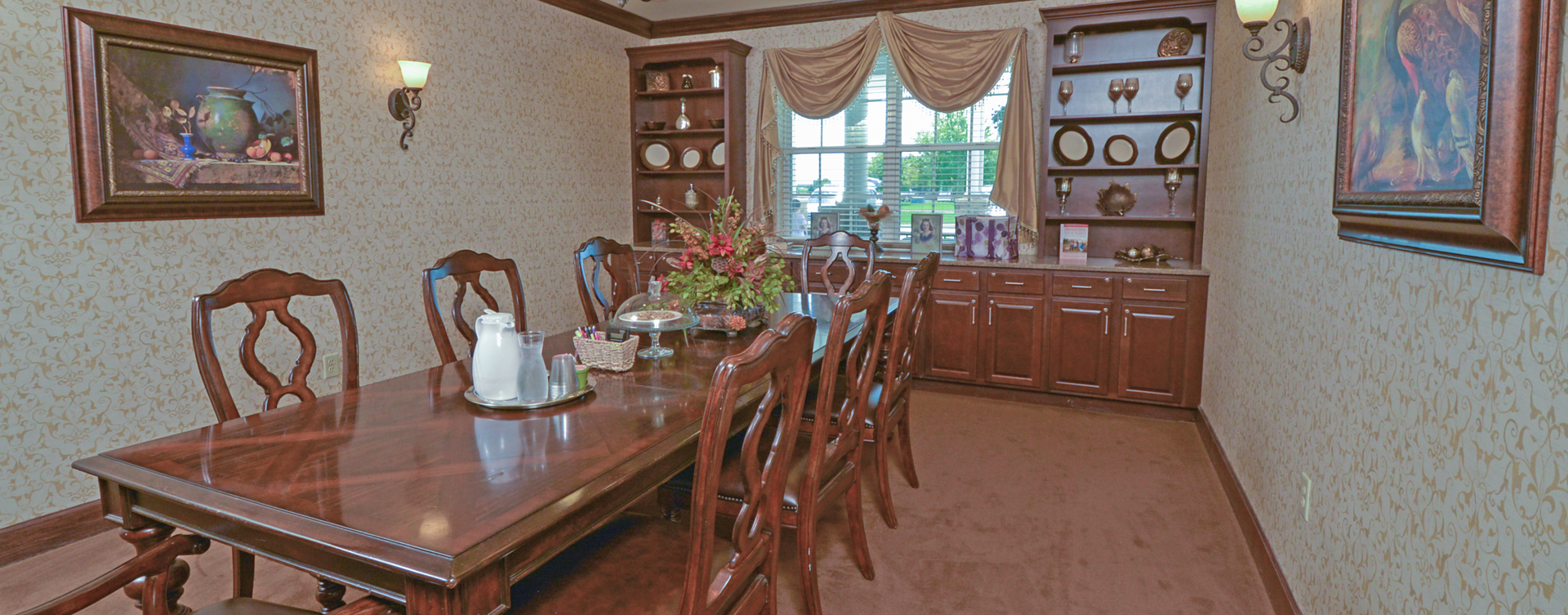 Have fun with themed and holiday meals in the private dining room at Bickford of Crown Point