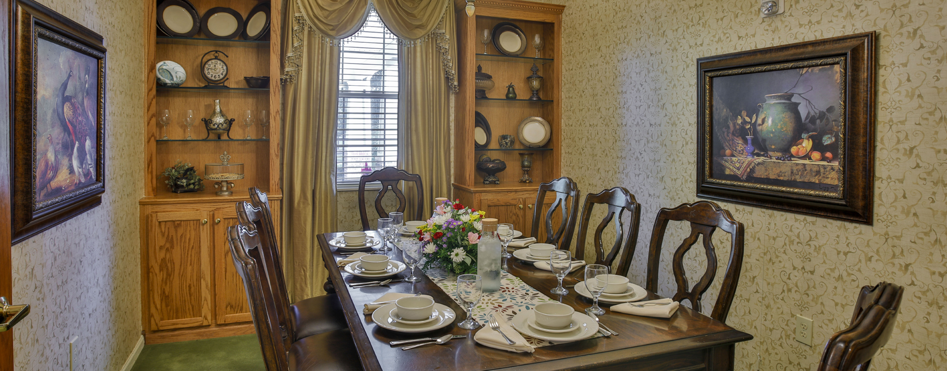 Celebrate special occasions in the private dining room at Bickford of Crawfordsville