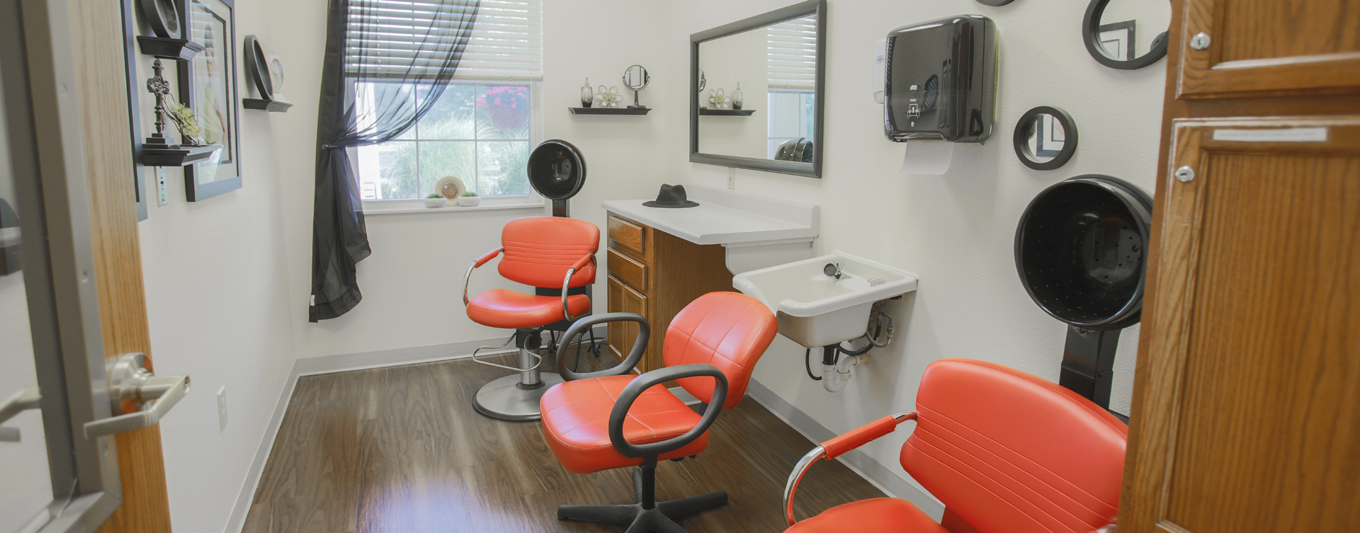 Receive personalized, at-home treatment from our stylist in the salon at Bickford of Crawfordsville