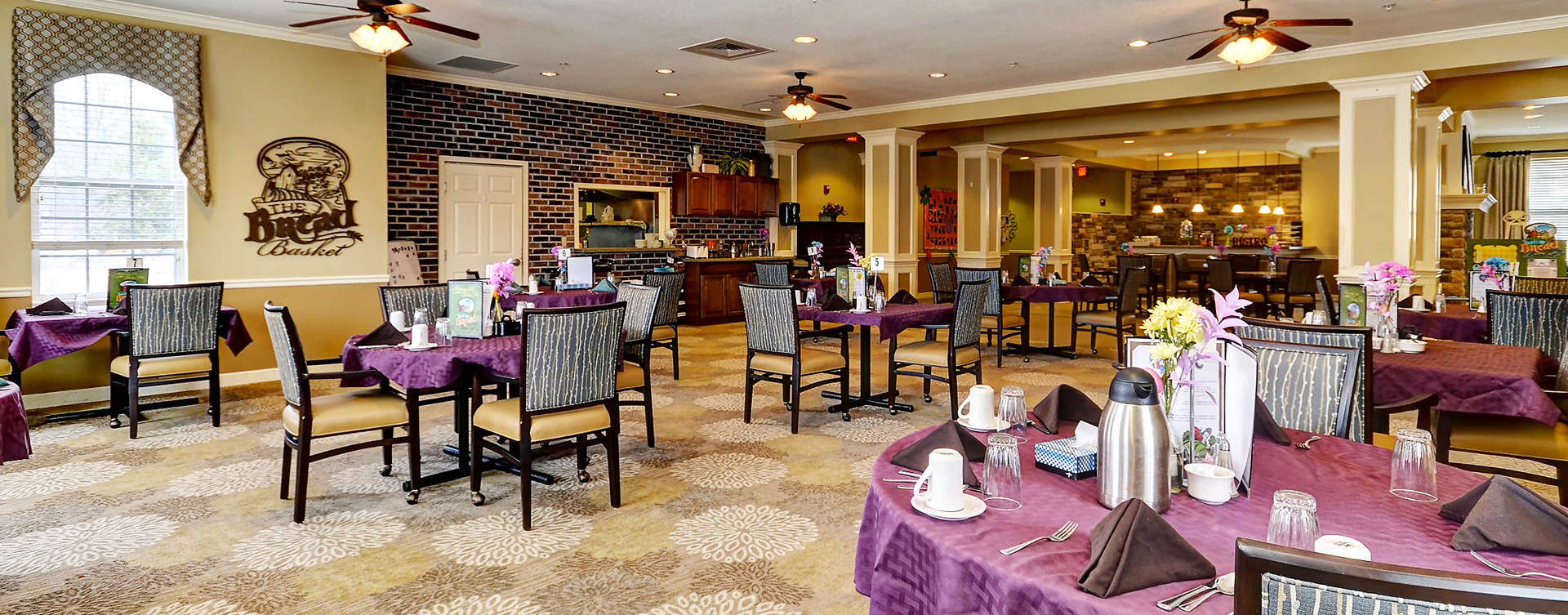 Enjoy restaurant -style meals served three times a day in our dining room at Bickford of Crystal Lake