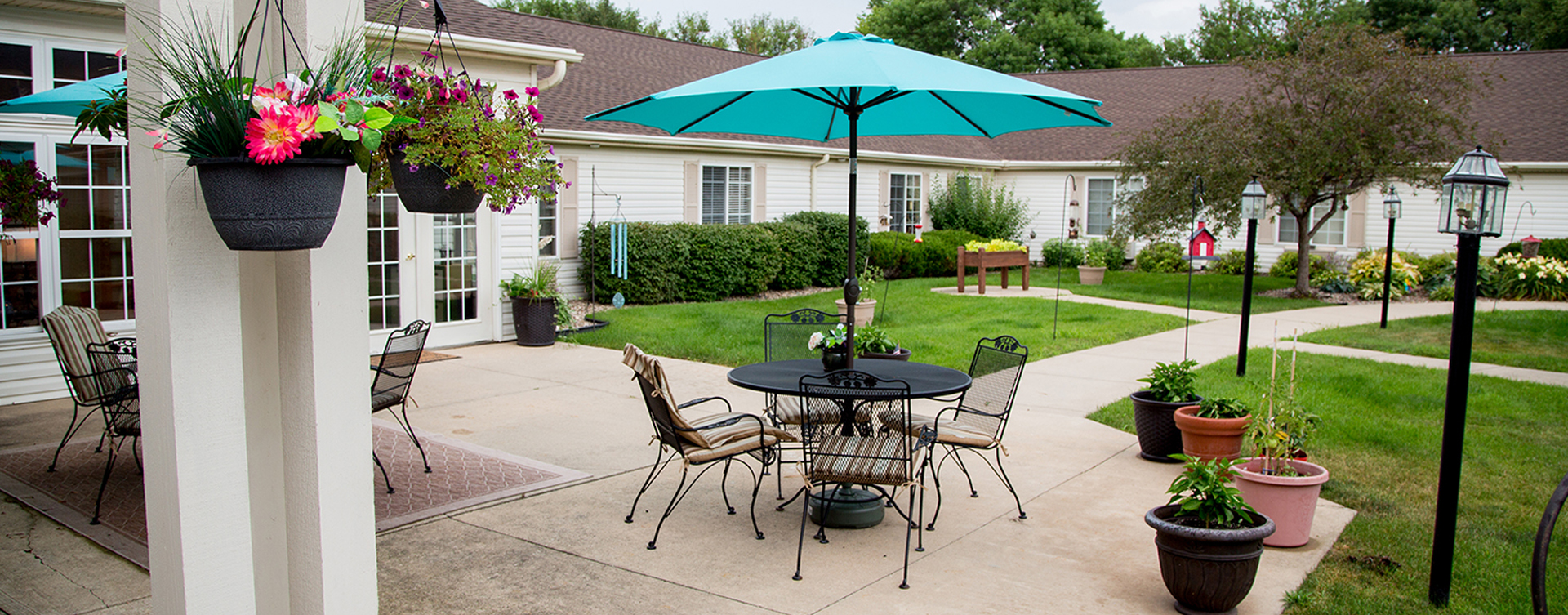 Feel like you're on your own back porch in our courtyard at Bickford of Fort Dodge