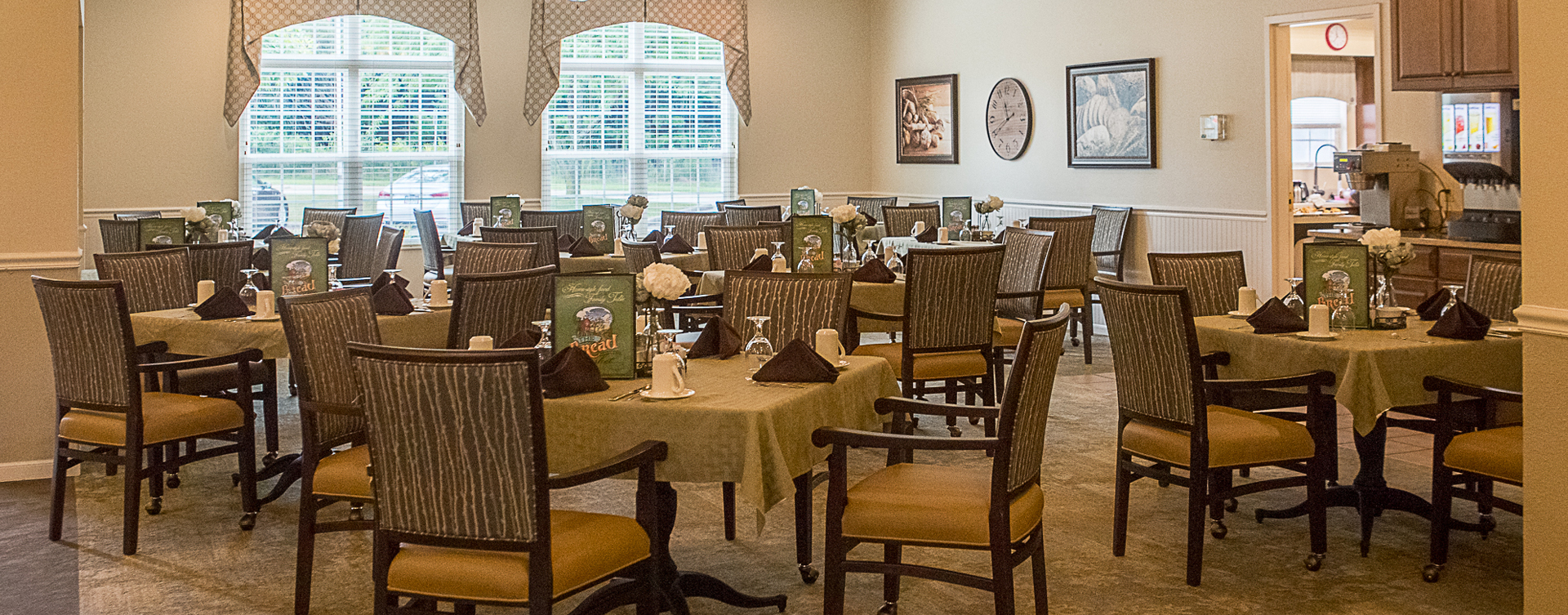 Enjoy homestyle food with made-from-scratch recipes in our dining room at Bickford of Iowa City
