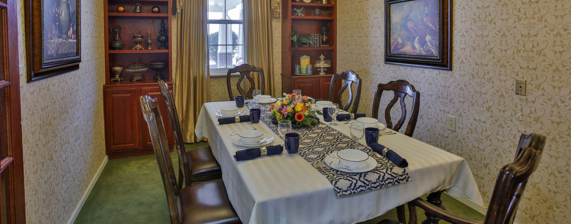 Have fun with themed and holiday meals in the private dining room at Bickford of Lafayette