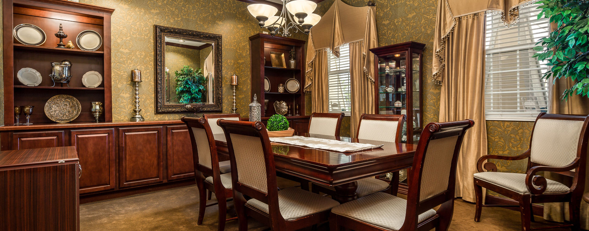 Have fun with themed and holiday meals in the private dining room at Bickford of Okemos