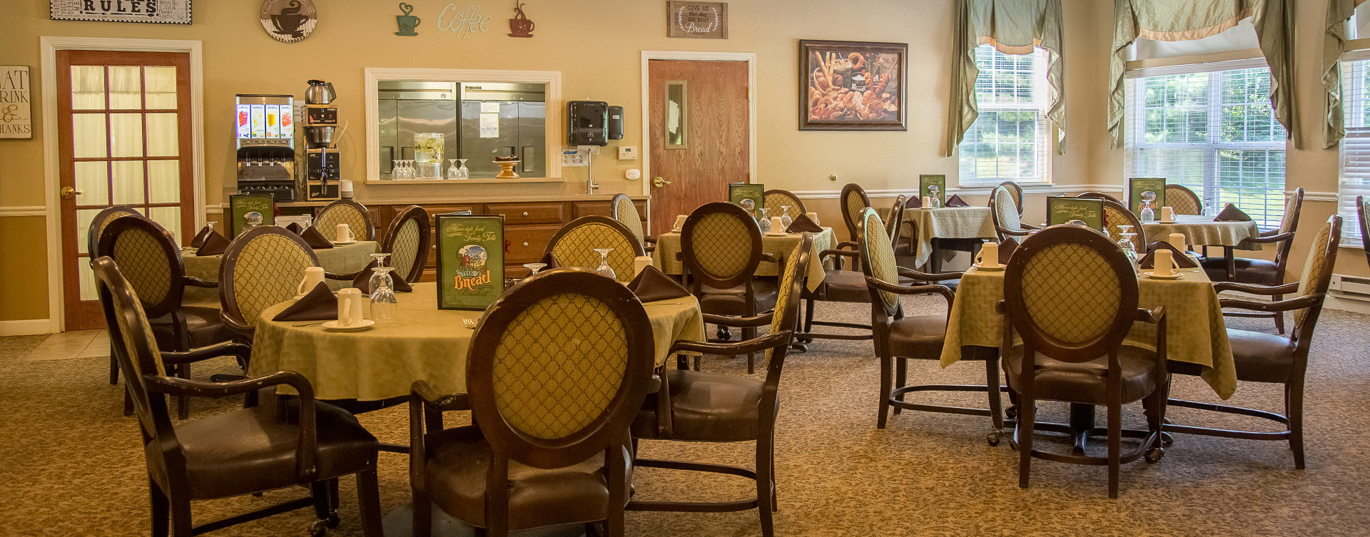 Enjoy homestyle food with made-from-scratch recipes in our dining room at Bickford of Moline