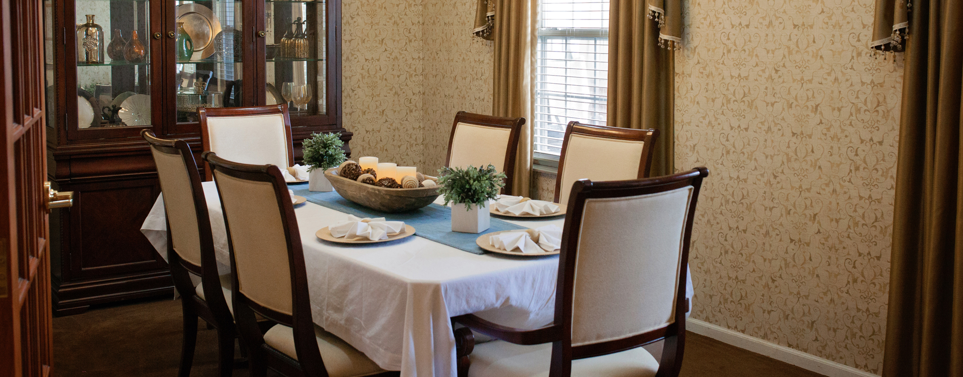 Food is best when shared with family and friends in the private dining room at Bickford of Marion