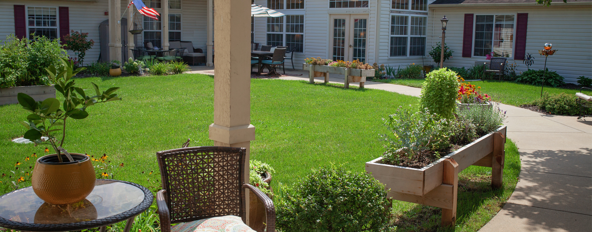 Enjoy bird watching, gardening and barbecuing in our courtyard at Bickford of Marion