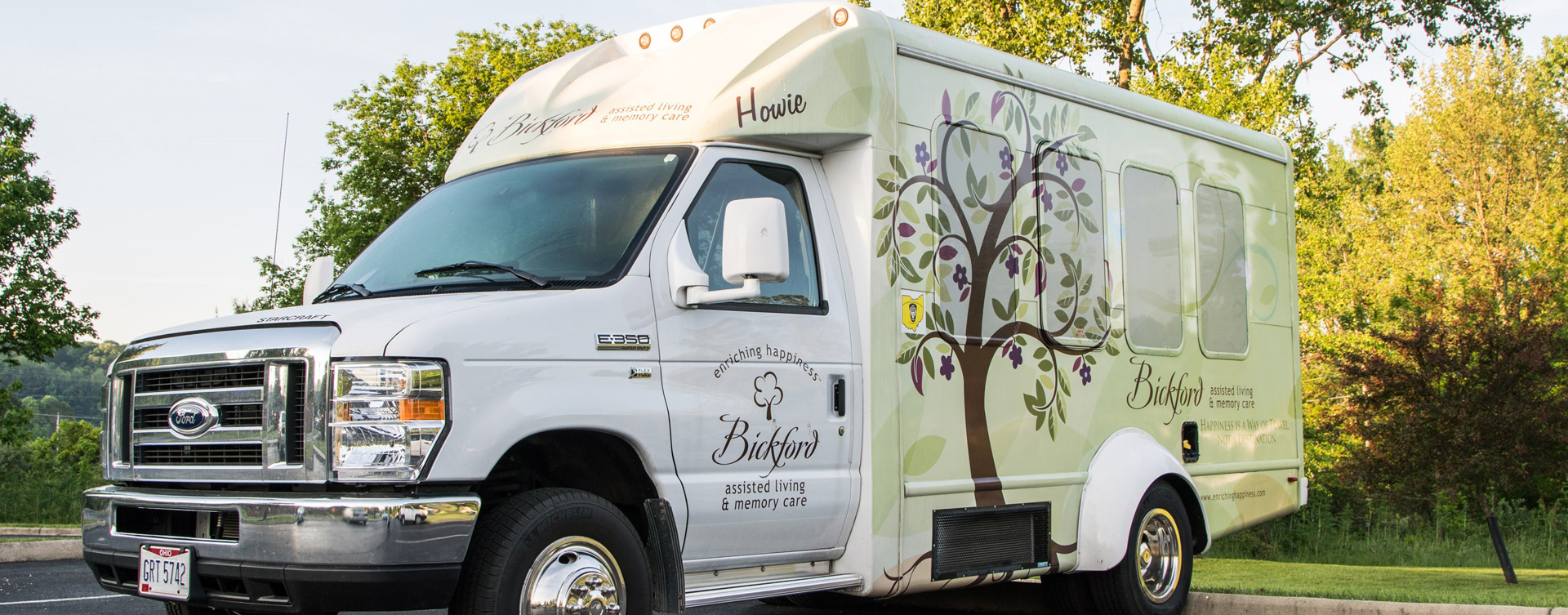 Participate in community outings aboard the Bickford bus HOWIE at Bickford of Muscatine