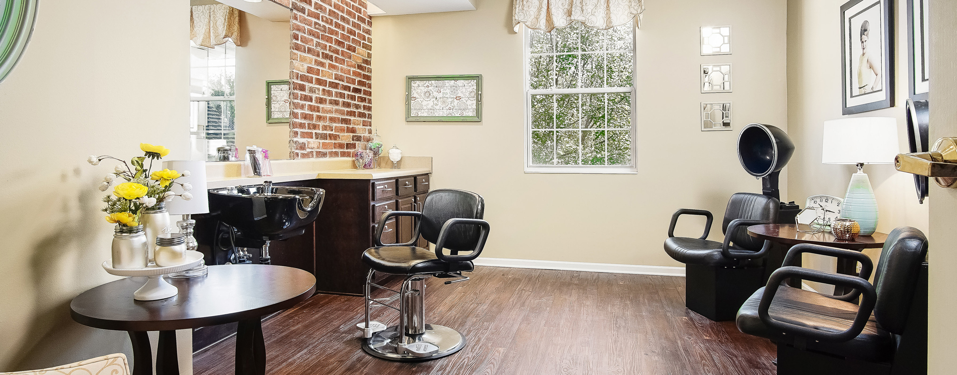 Love your own stylist? She's welcome to take care of you in the salon at Bickford of Overland Park