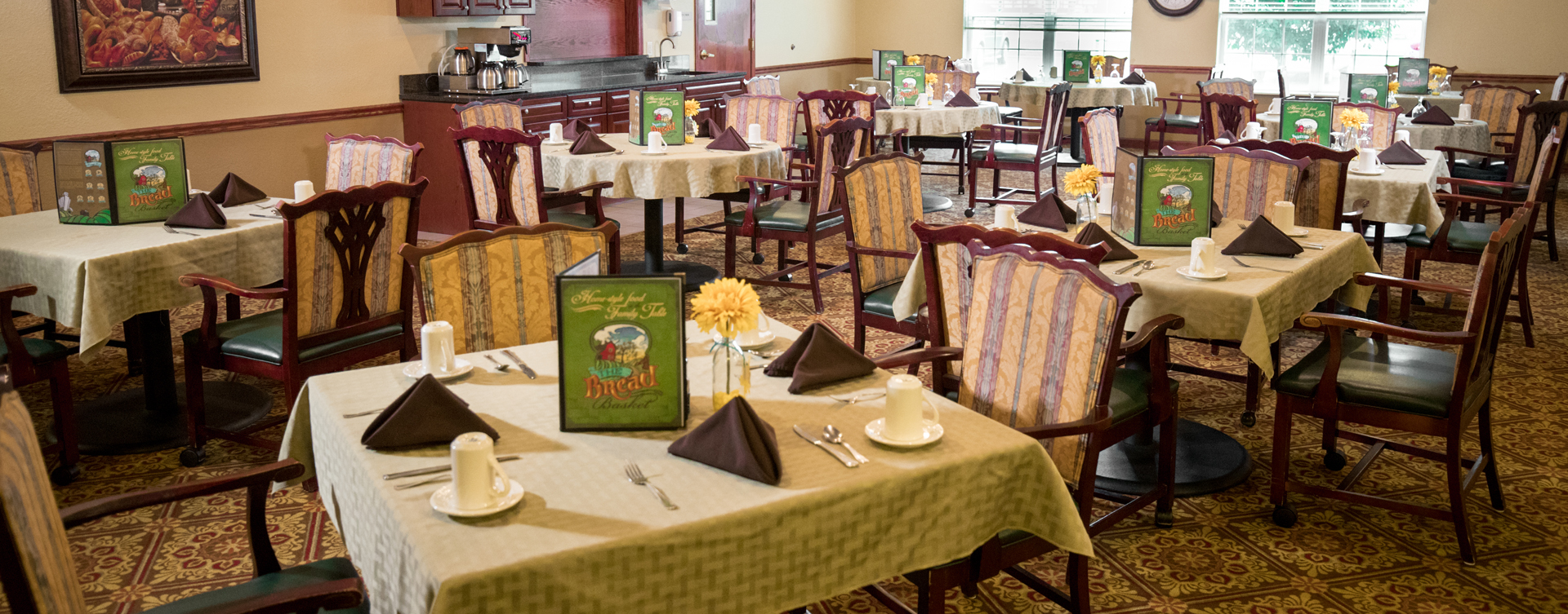 Enjoy homestyle food with made-from-scratch recipes in our dining room at Bickford of Quincy