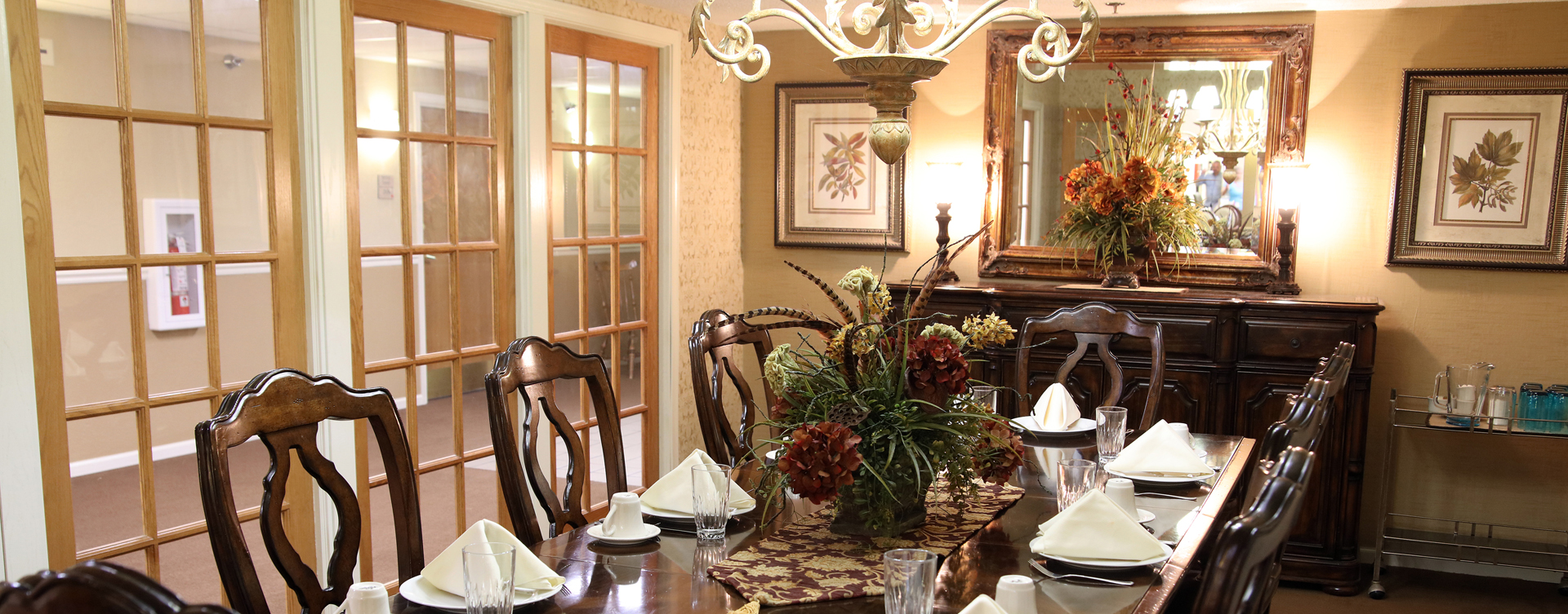 Have fun with themed and holiday meals in the private dining room at Bickford of Rockford
