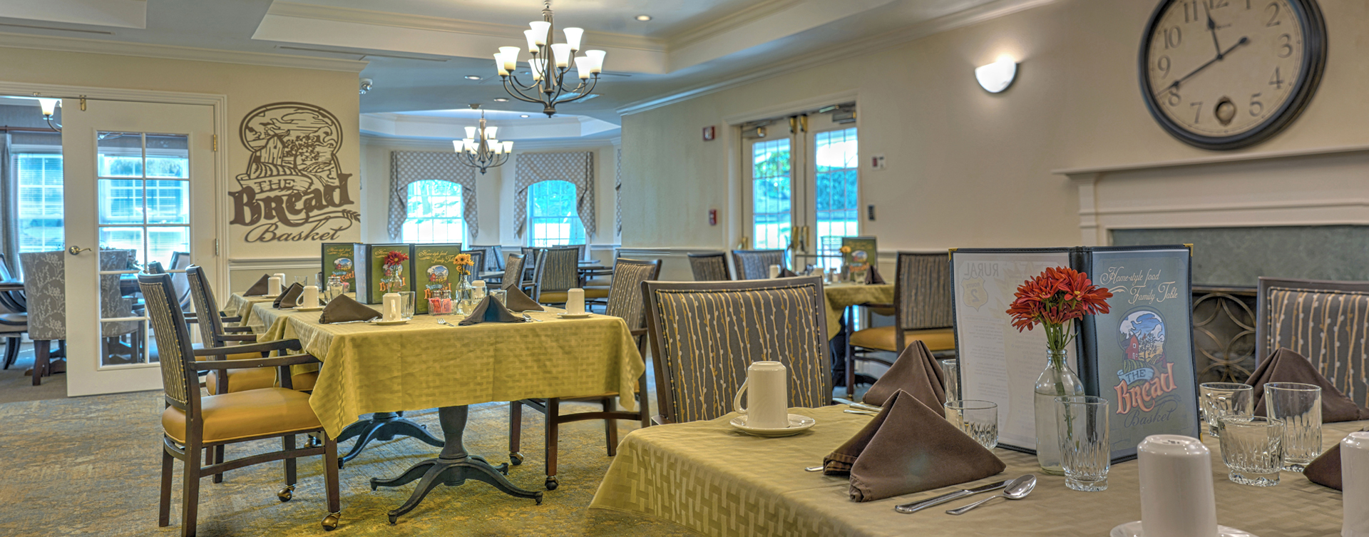 Enjoy restaurant -style meals served three times a day in our dining room at Bickford of Rocky River