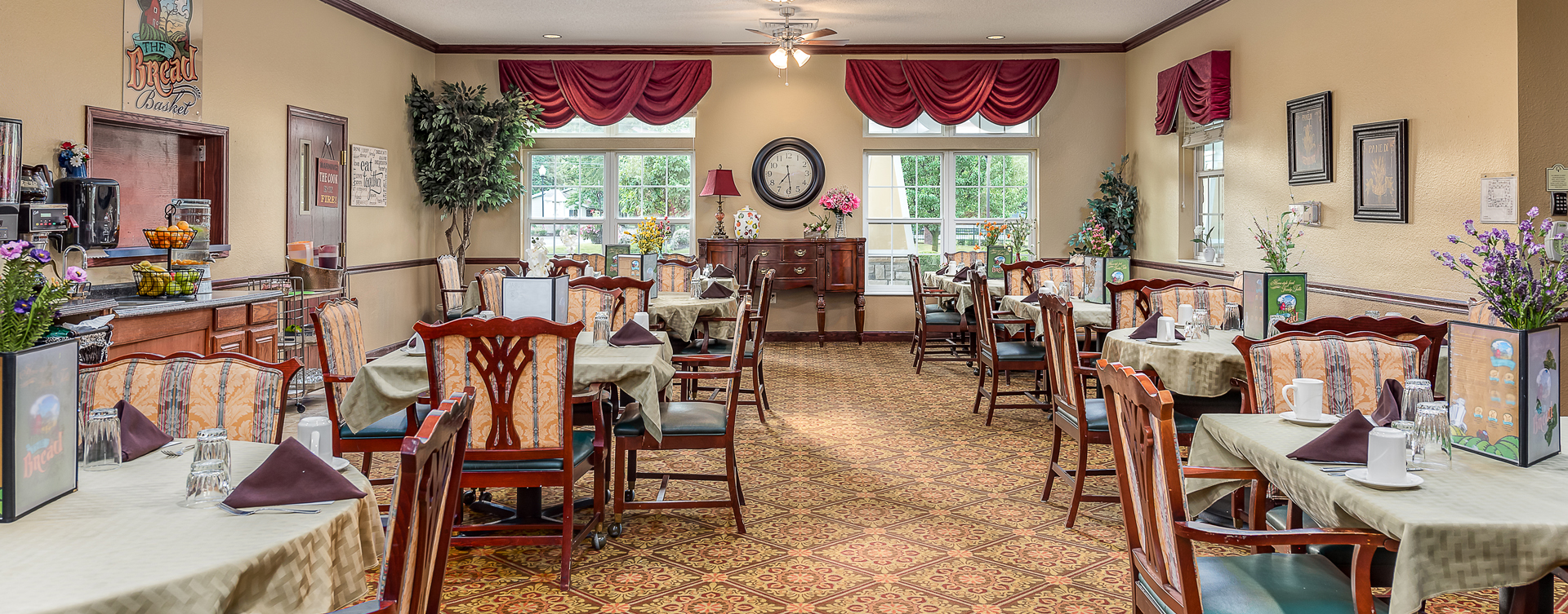 Enjoy restaurant -style meals served three times a day in our dining room at Bickford of Saginaw Township