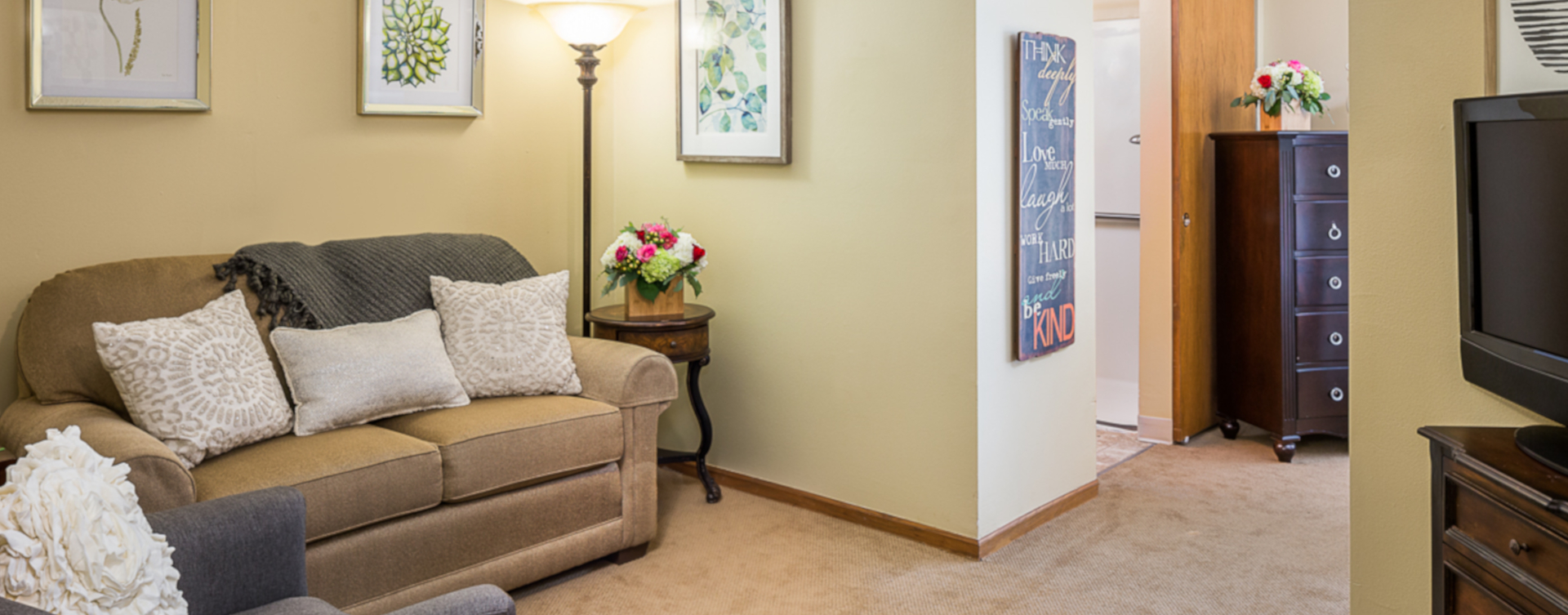 Enjoy senior friendly amenities, personal climate control and security in an apartment at Bickford of Omaha - Hickory