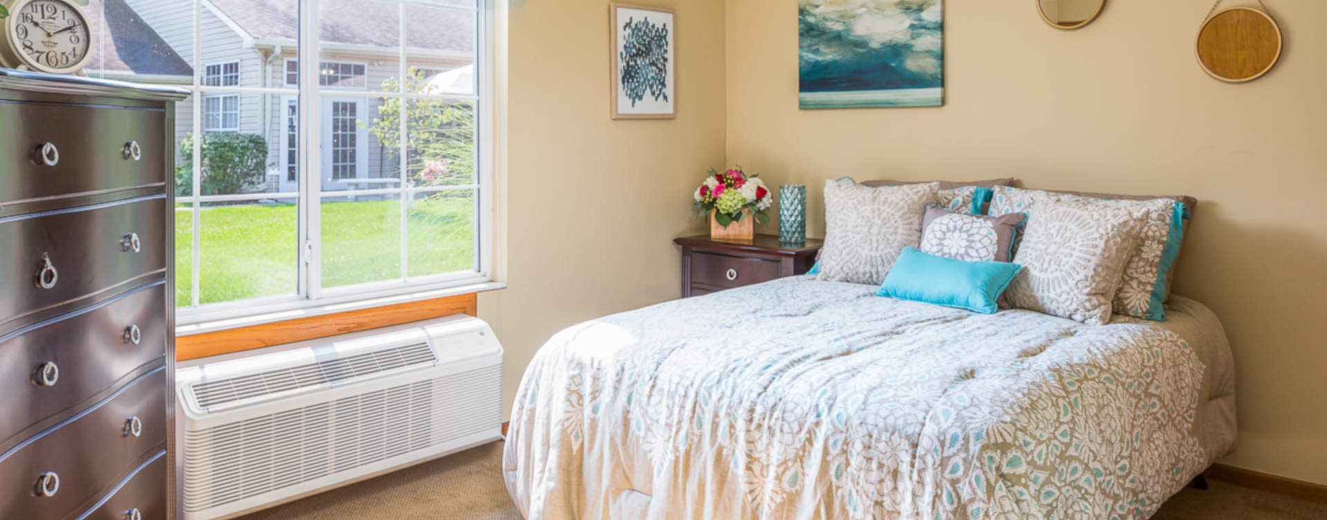 Get a new lease on life with a cozy apartment at Bickford of Omaha - Hickory