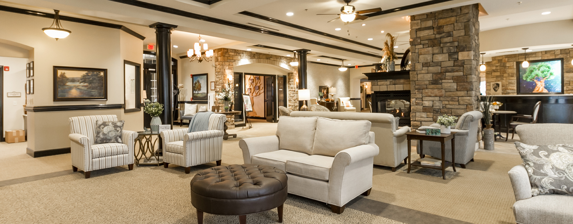 Socialize with friends in the living room at Bickford of Virginia Beach