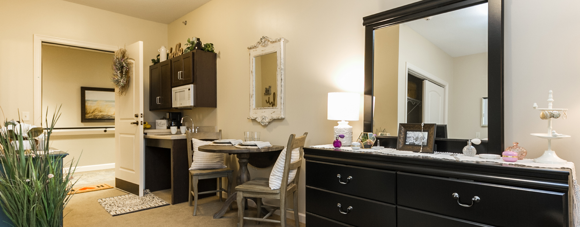 Get a new lease on life with a cozy apartment at Bickford of Virginia Beach