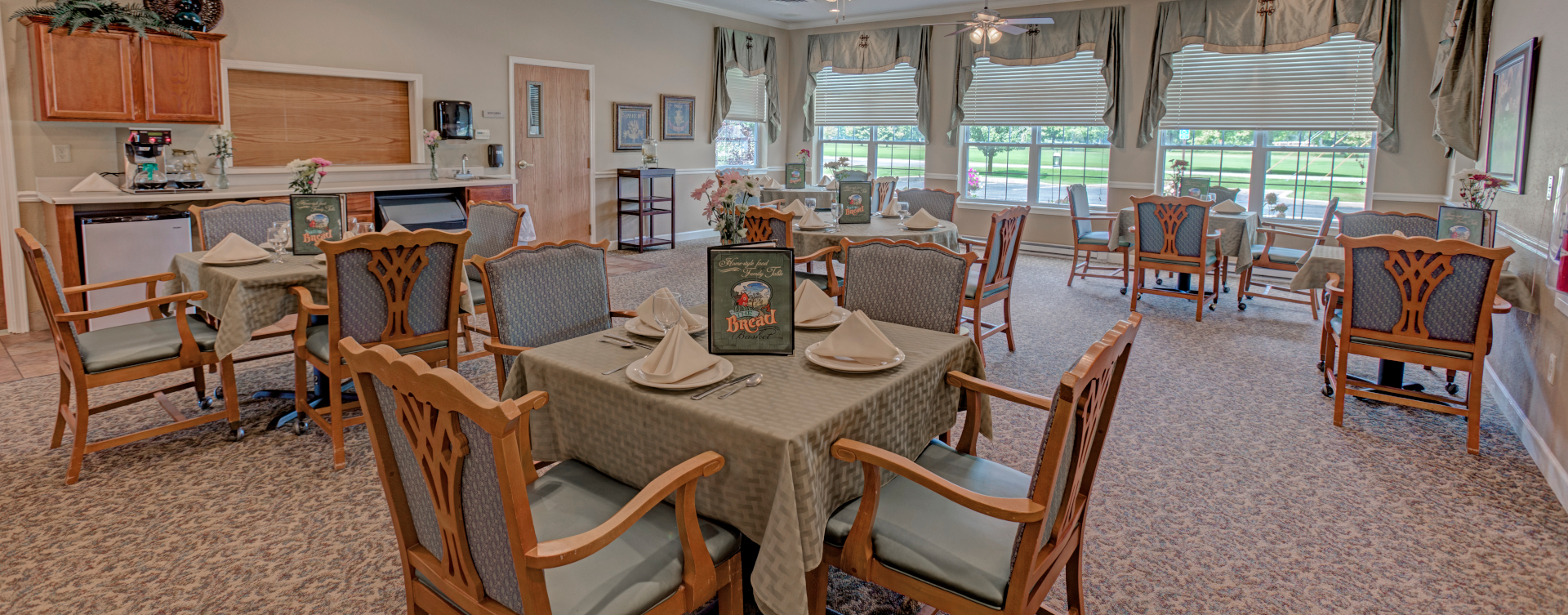 Enjoy restaurant -style meals served three times a day in our dining room at Bickford of Wabash