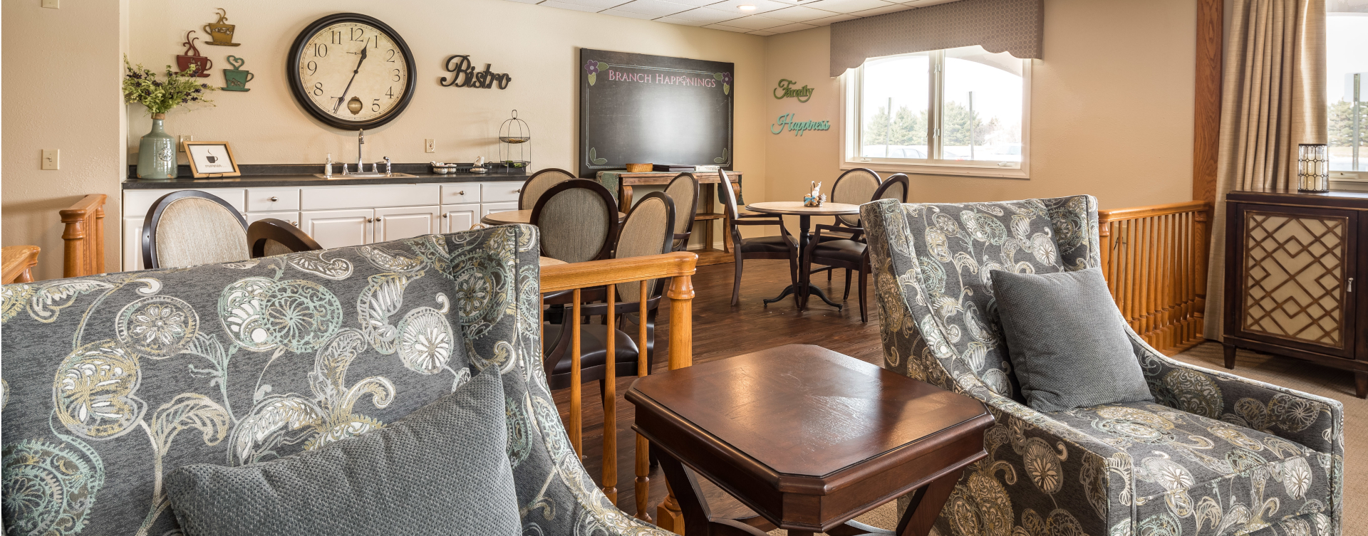 Intimate enough to entertain your closest family; you can even host your next get together in the bistro at Bickford of West Lansing