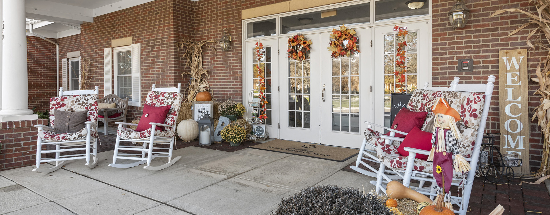 Enjoy conversations with friends on the porch at Bickford of Worthington