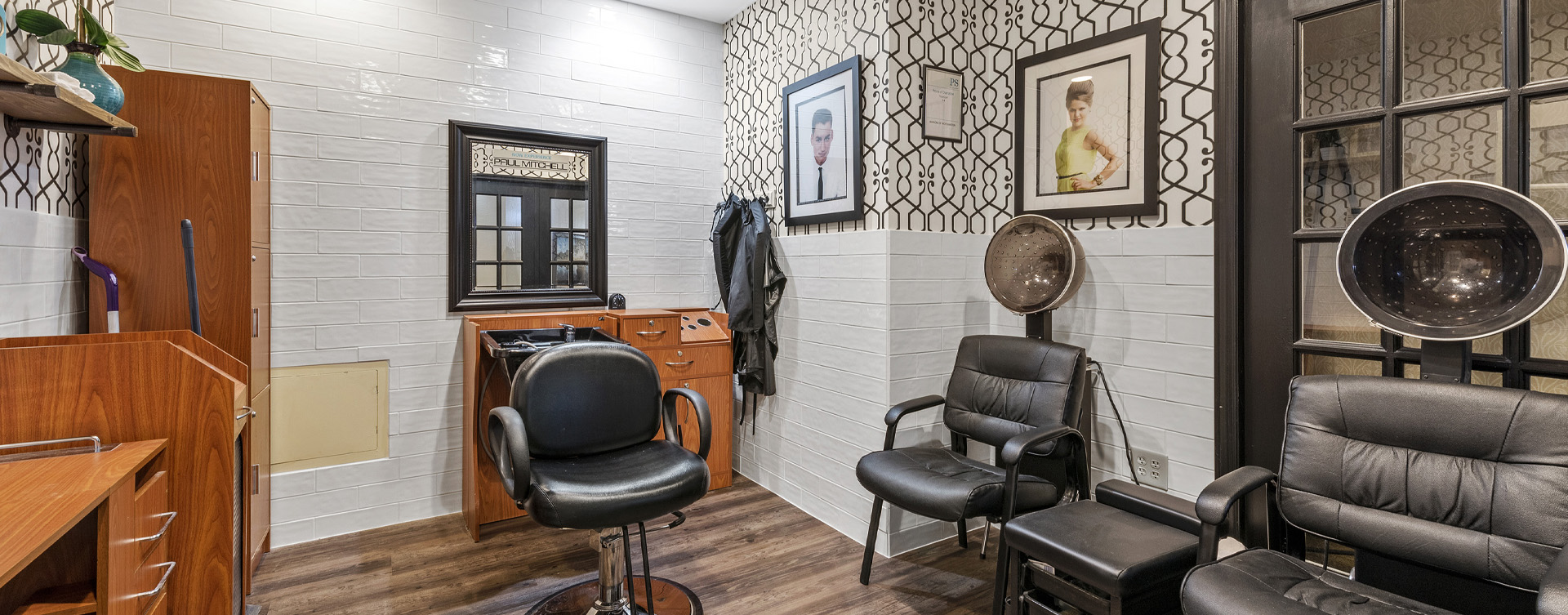 Receive personalized, at-home treatment from our stylist in the salon at Bickford of Worthington