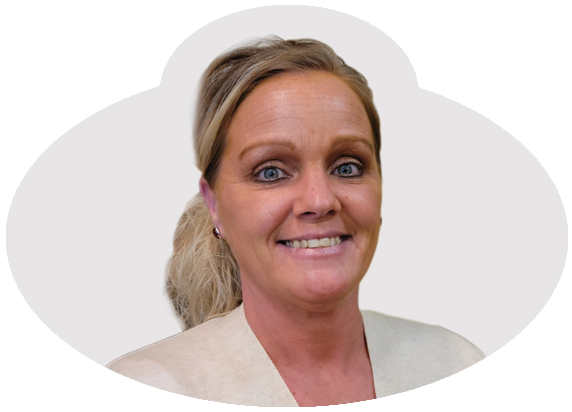 Crystal Vanpelt, Life Enrichment Coordinator